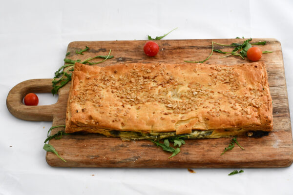 Empanada grelos y tetilla El Trigal